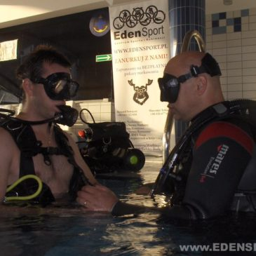 16.11.2011 – Pokazy nurkowania na basenie w Czechowicach-Dziedzicach