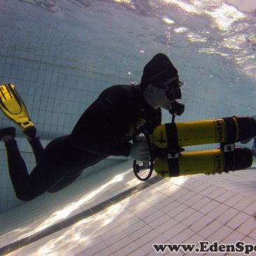 Nurkowanie swobodne – zabawa na basenie
