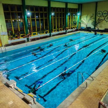 13.11.2020 – Piątek 13go licznie daliśmy nura na basenie