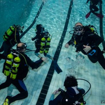 20.11.2020 – Klubowe nurkowe warsztaty basenowe