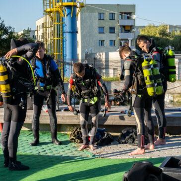 10.09.2021 – zajęcia kursu podstawowego na zbiornikach nurkowych
